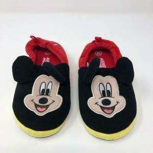 NEW Mickey Mouse Slippers Size 11/12